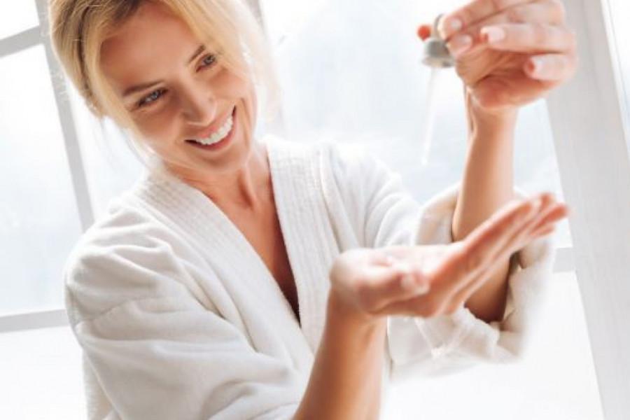 Serum za lice: Da li ste upoznati sa najpolularnijim beauty proizvodom poslednjih godina?
