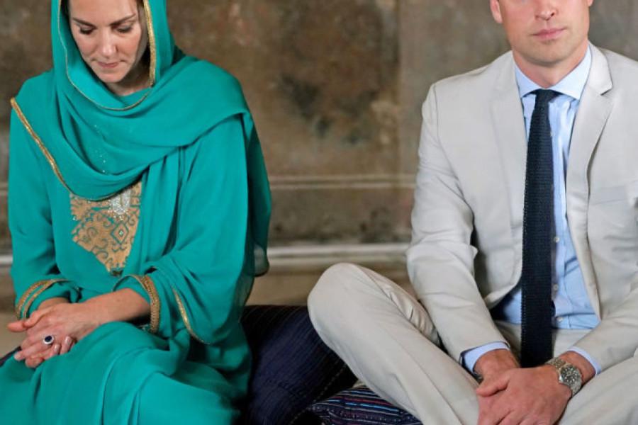 Kejt i Vilijam ULETELI PRAVO U OLUJU: Princ je UPAVLJAO AVIONOM kada se desila drama