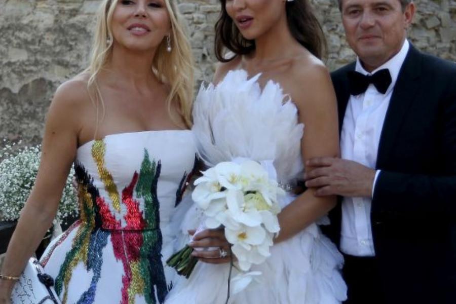 ŠOK! PIKSIJEVA ĆERKA PRE 15 GODINA ŽIVELA SA DEČKOM Anastasije Ražnatović