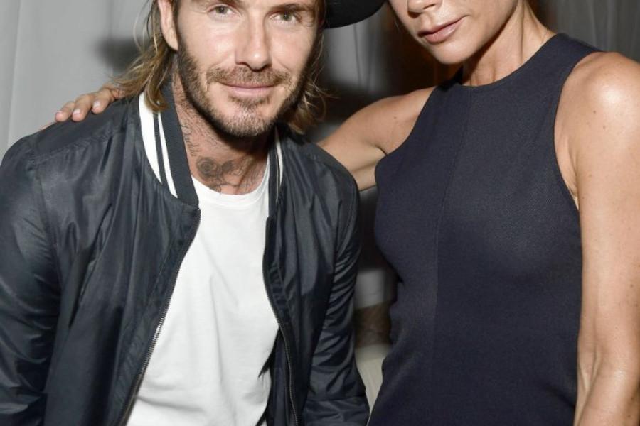 Zašto su Dejvid i Viktorija Bekam ZARATILI preko društvenih mreža? (foto)