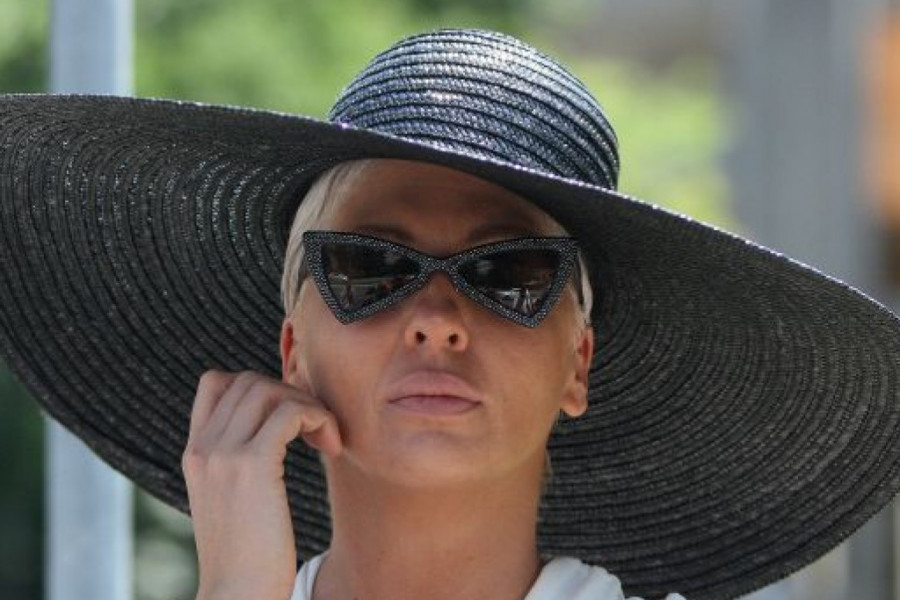 TUGA NE PRESTAJE: Jelena Karleuša objavila potresnu poruku