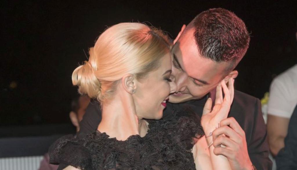 Danijela Karić priredila suprugu veliko iznenađenje zbog kojeg se najpre ljutio