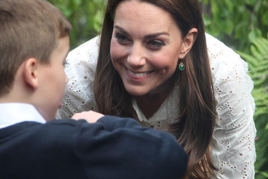 Osvanule NOVE SLIKE kraljevske porodice: Ona na kojoj princ Luis pravi PRVE KORAKE je nešto NAJSLAĐE (foto)