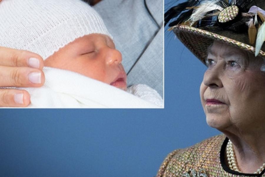 Kraljica Elizabeta ŠIROKE RUKE darivala praunuka, sina Megan i Harija, poklonila mu NEŠTO NEPROCENJIVO!