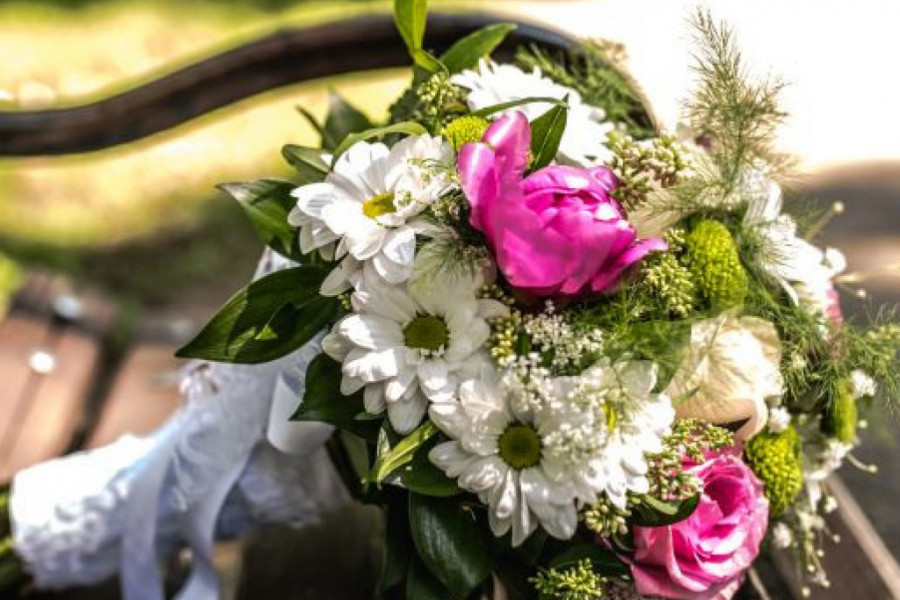 Simbol bračne sreće: Kako da izaberete SAVRŠEN BIDERMAJER