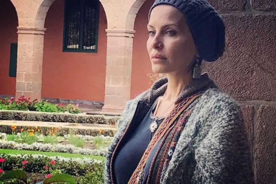 PRE GODINU DANA ISPISALA SINA IZ ŠKOLE I ŠOKIRALA SVE: Elena Karić je danas PREZADOVOLJNA svojom odlukom, a evo i zašto (foto)