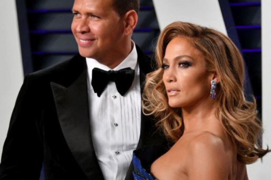 Džej Lo i njen verenik U CENTRU SKANDALA: Oglasila se Plejboj zečica i OPTUŽILA Aleksa ZA OVO