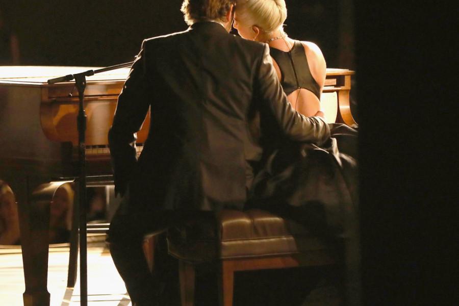 CEO SVET komentariše INTIMAN odnos pevačice i Bredlija Kupera, a evo kako je izgledao SUSRET Lejdi Gage i Irine Šajk (foto)