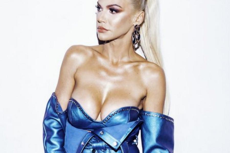 Fashion inspiracija: Nataša Bekvalac poput svetskih trendseterki (foto)