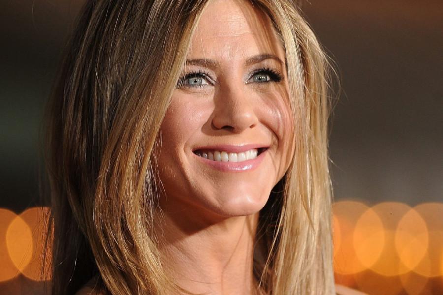 """Dženifer Aniston na dodeli """"Emi"""" nagrada blistala s posebnim razlogom (foto)"""