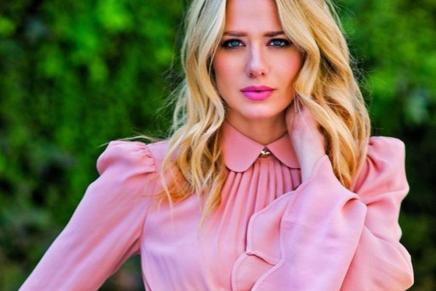 Jelena Veljača strasnim poljupcem potvrdila glasine, on jeste njena nova ljubav! (foto)