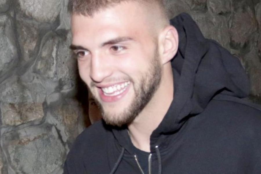 Sin Veljka Ražnatovića prvi put na boks meču: Tatina najvažnija podrška