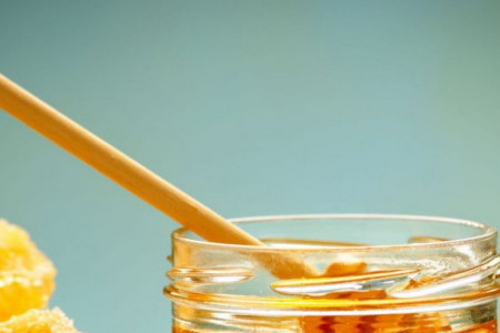 Apiterapija: Med je preventiva mnogih bolesti