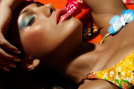 Letnja šminka - igra jarkih boja i tankih linija, usudite se!