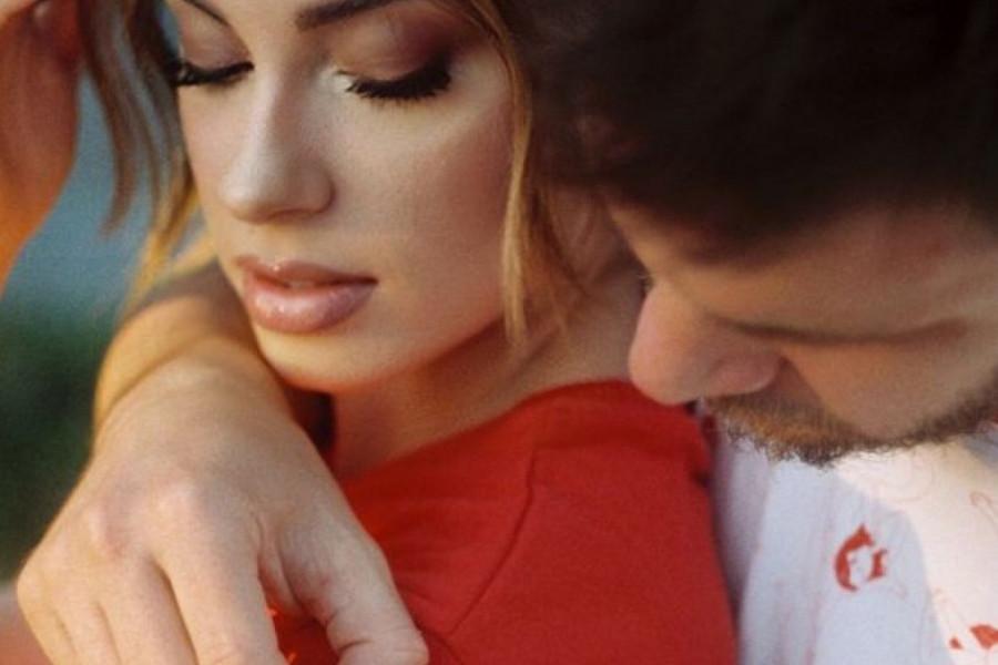 Ljubav Sare Jo: U zagrljaju voljenog muškarca! (foto)