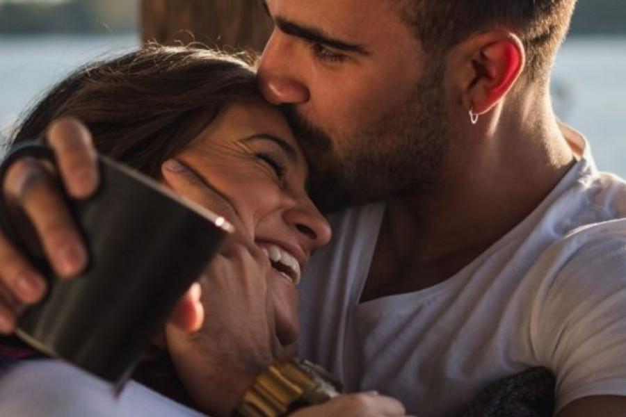 Ljubavni horoskop za 18. i 19. jul: Kratko putovanje moglo bi da iznedri životnu ljubav!