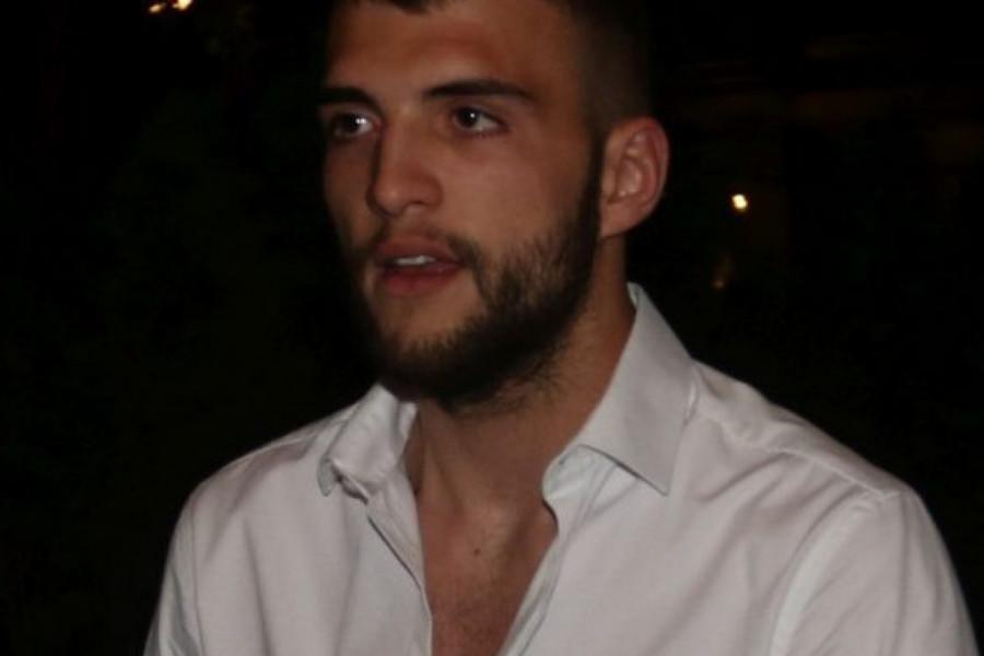 Tek što je postao otac: Veljko Ražnatović primoran da se odvoji od sina i supruge