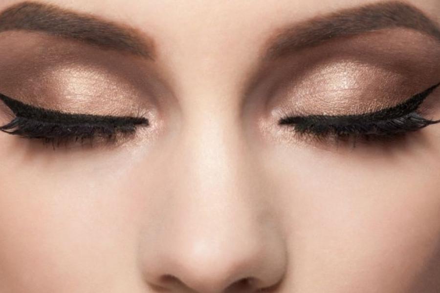 Ultimativni vodič za šminkanje: Evo kako uspešno da nanesete ajlajner!