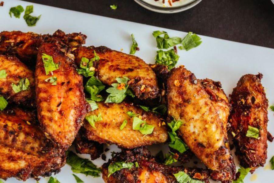 Sočna hrskava piletina: Dva ukusna recepta koja morate isprobati!