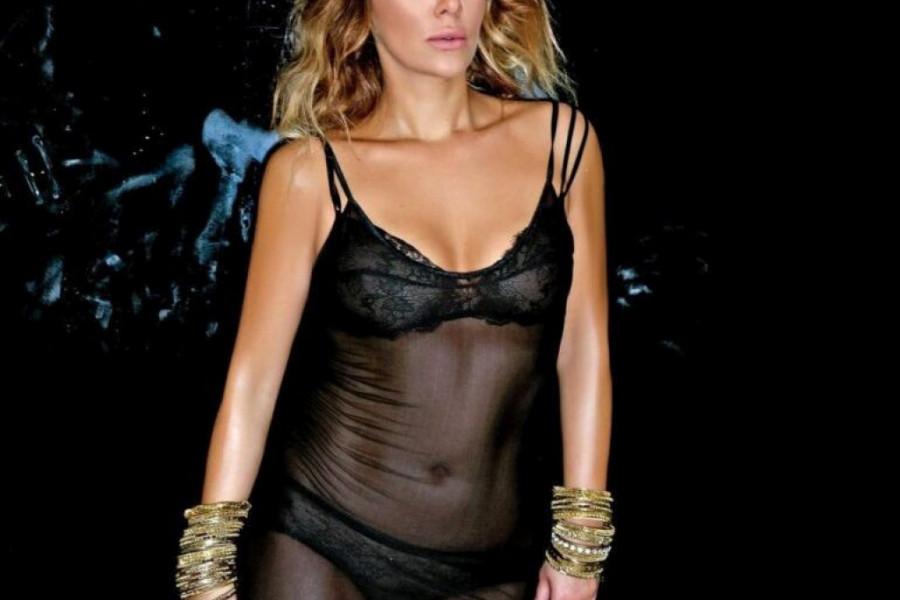 Neprepoznatljiva! Nova modna kombinacija Ane NikolIć je tu! (foto)