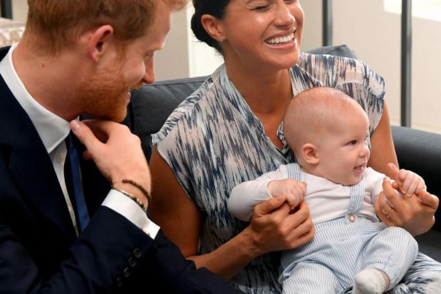 Srećan rođendan prinče! Arči i Megan Markl oduševili javnost (video)
