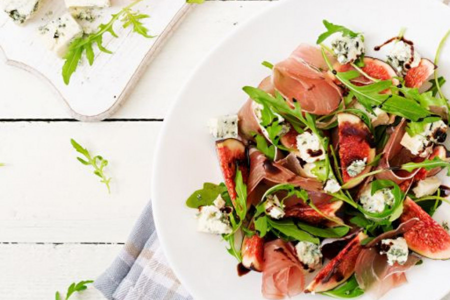 Fuzija zanimljivih ukusa: Top 2 ukusna recepta sa pršutom koja ćete obožavati!