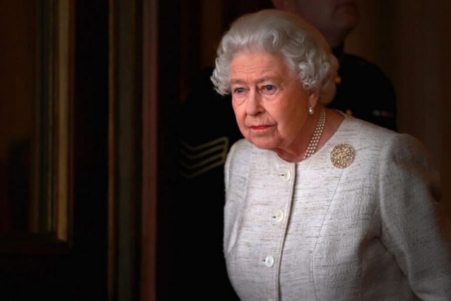 Kosmička smirenost zadivila svet: Kraljica Elizabeta se ovako obratila naciji!