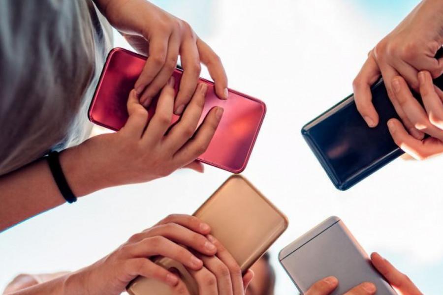 Ruke dezinfikujete, a da li čistite vaš mobilni telefon, stravično leglo zaraze?
