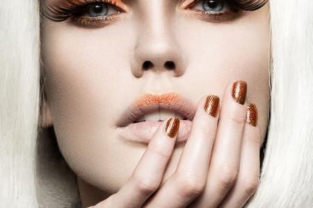 Poznati šminker Aleksandar Đikić otkriva top 10 trikova za savršen makeup look