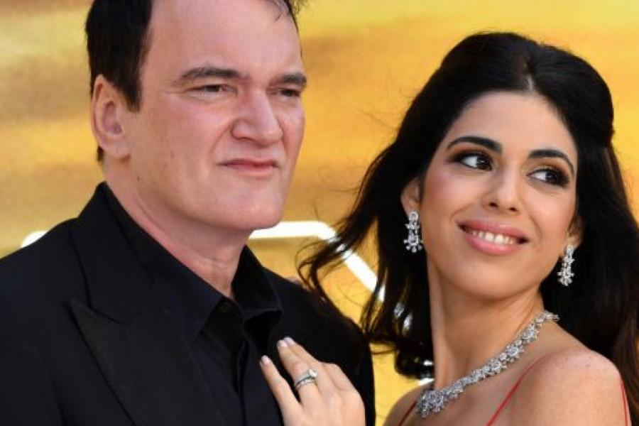 Kventin Tarantino postao otac u 57. godini, 20 godina mlađa supruga rodila sina (foto)