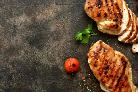 Predlog za ručak: Dva specijaliteta sa ćuretinom koja se lako pripremaju (recept)