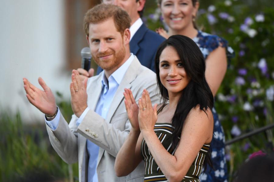 Megan i Hari u koži običnih civila! Isplivala prva fotka nakon napuštanja kraljevsta (foto)