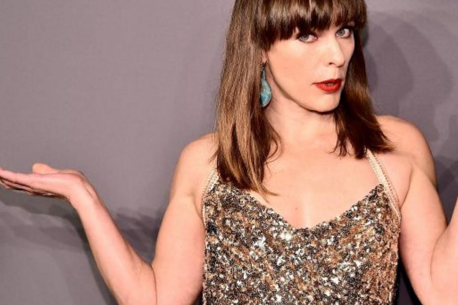 Glumica Mila Jovović porodila se u 45. godini i na svet donela devojčicu