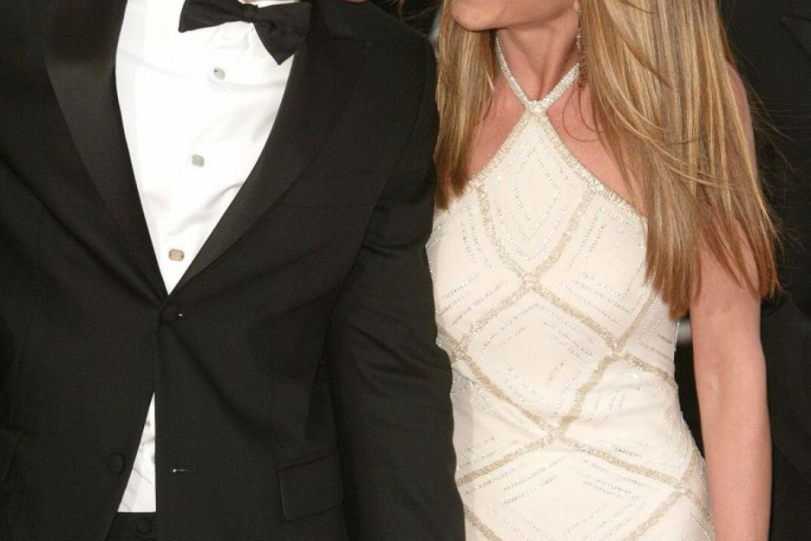 Strast nije nestala: Sreli se Bred Pit i Dženifer Aniston, a slike govore više od reči