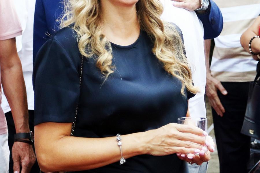 Voditeljka Kristina Radenković surovo na komentare o imenu sina: Da me zanima šta kaže selo, kupila bih traktor
