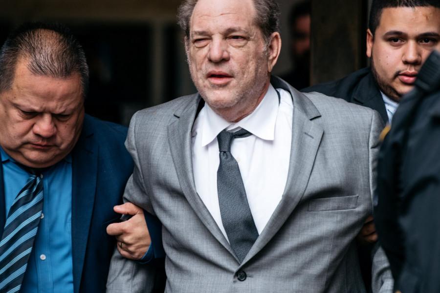 Posrnuli producent Harvi Vajnstin optužen za silovanje i seksualno zlostavljanje!