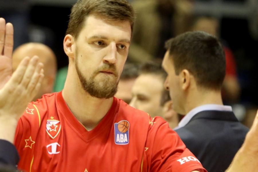 Zbog njega je napustila sve - Ko je zgodna Amerikanka koja je osvojila srce srpskog košarkaša?