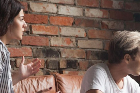 Horoskop za 23. oktobar: Partner koristi lažne izgovore kako bi izbegao razgovor!