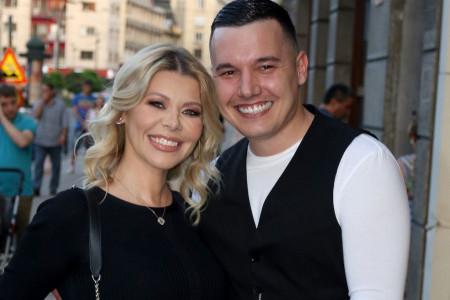 Lepe vesti u doba korone: Danijela Karić i Ivan Mileusnić čekaju drugo dete!