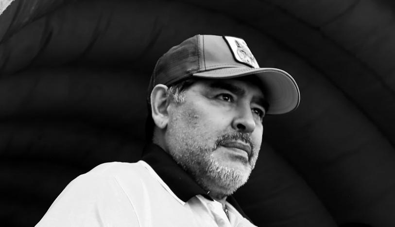 Odlazak jednog od najboljih svih vremena: Preminuo Dijego Maradona