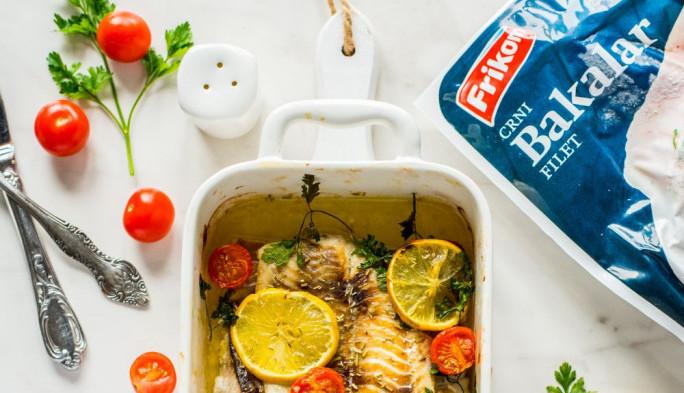 Bogat izbor smrznute ribe iz divljeg ulova