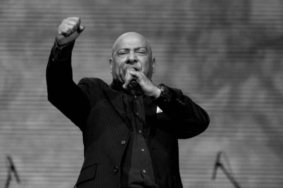 Jedan od najpoznatijih pevača neće ispratiti Džeja na večni počinak