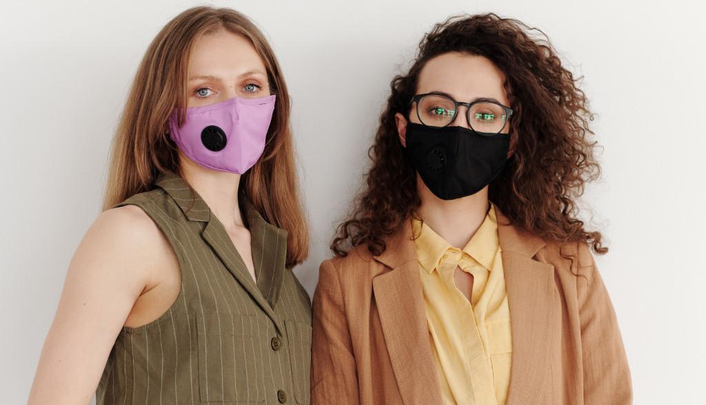 Maske su nam ovih dana preko potrebne ali kako sačuvati kožu lica