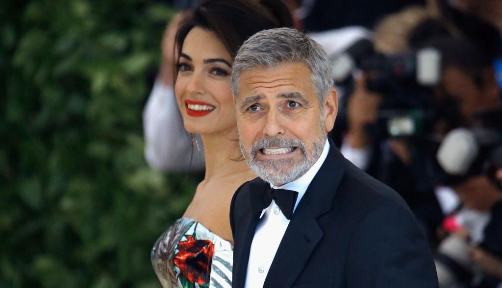 Džordž Kluni ima neverovatan i jednostavan trik za smirivanje dece
