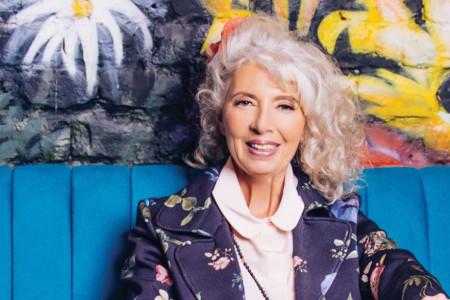 Maja Volk: Mojih prvih šezdeset
