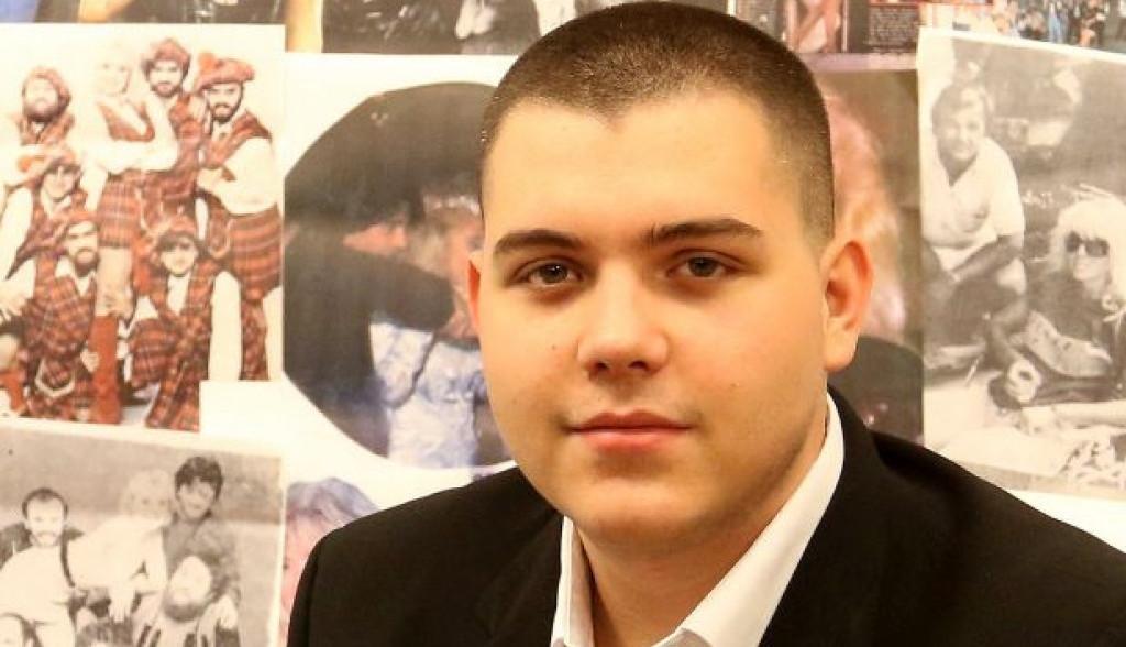 Igračke i slaktiši su prevaziđeni: Viktor Živojinović ovim iznenadio malog Aleksandra (foto)
