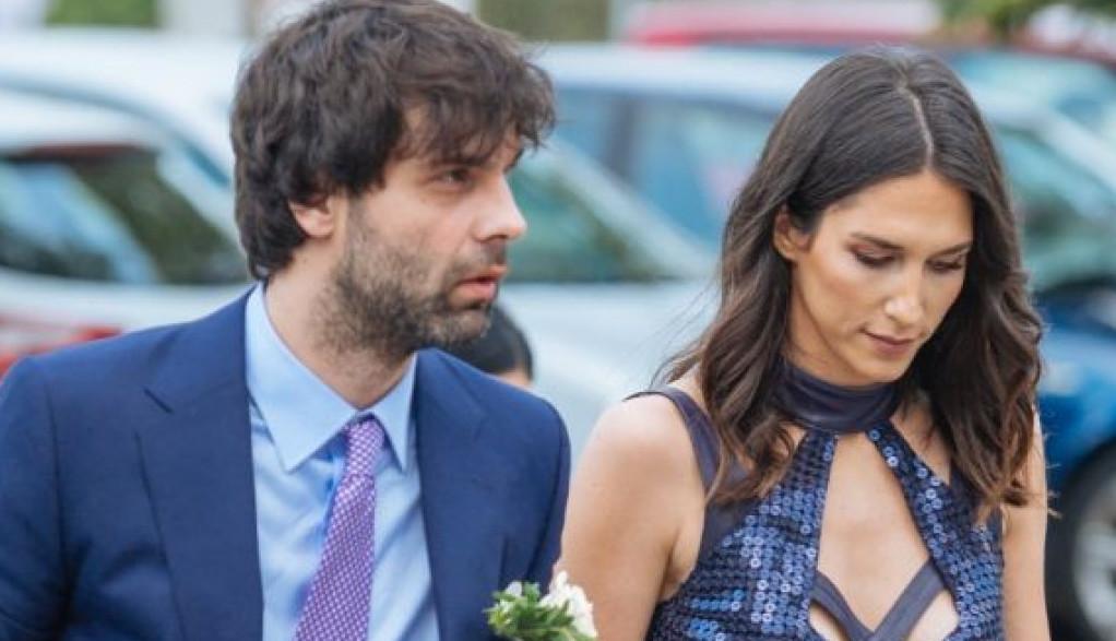Jelisaveta i Teo zajedno u Beogradu! Romantično veče pored bazena, a povod je ON! (FOTO)