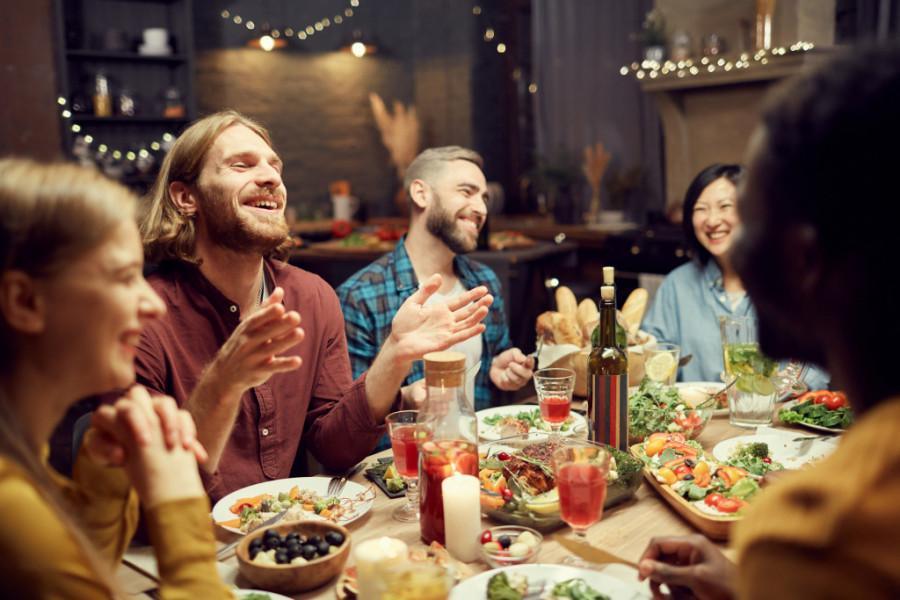 Horoskop za 5. februar: Susret sa prijateljima može da promeni sve