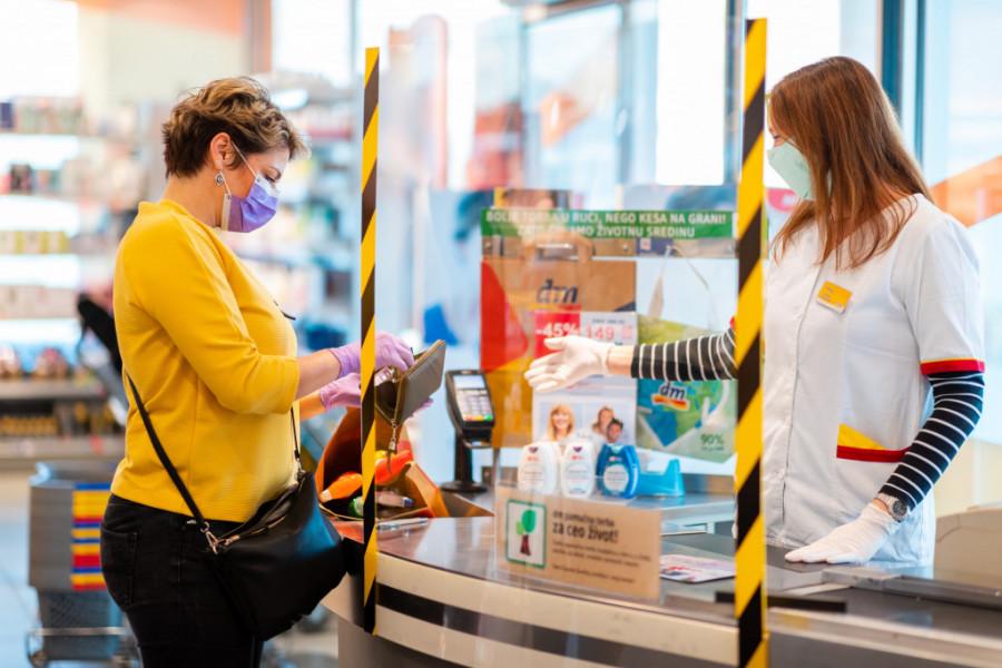 dm drogerije u tržnim centrima ostaju otvorene do 21:00 tokom vikenda
