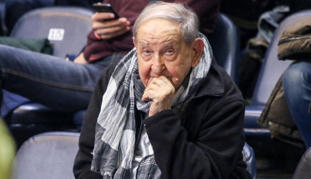 Nemilosrdni virus pokucao i na njegova vrata: Vlasta Velisavljević hospitalizovan